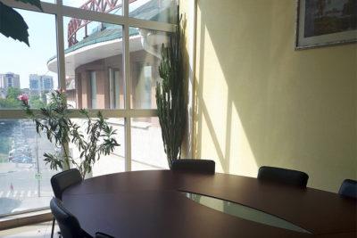 Офис на час в  ТЦ «Воздвиженка»